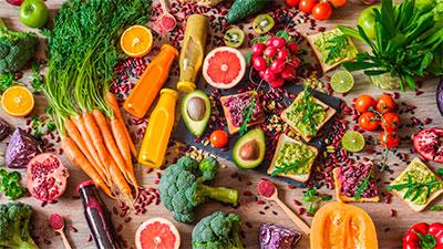 Alimentação saudável para não acumular gordura nas costas